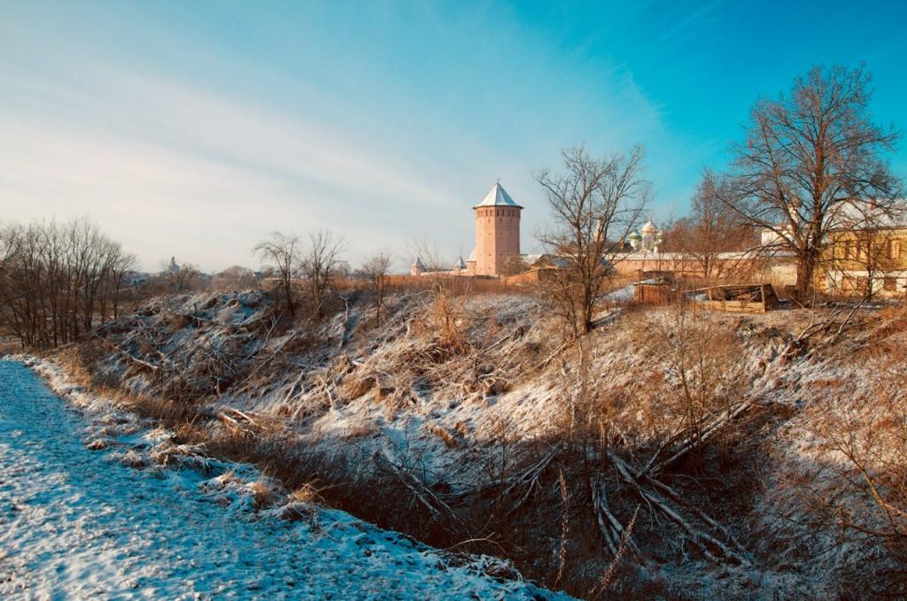 Припорошен город снегом, ч. 1 01