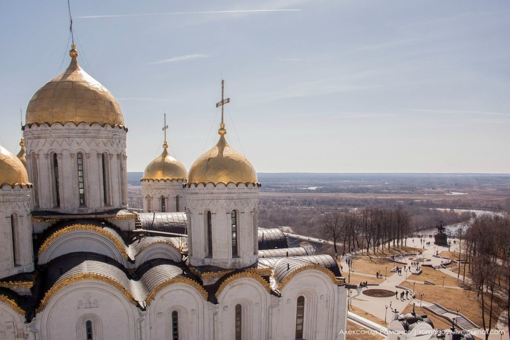 Вид на Владимир с высокой колокольни 03