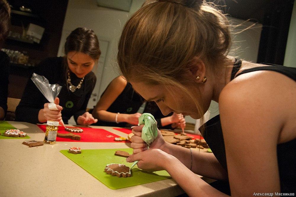 Владимирская красавица на кухне 08
