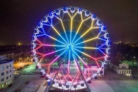 Владимирское колесо обозрения вечером, с высоты