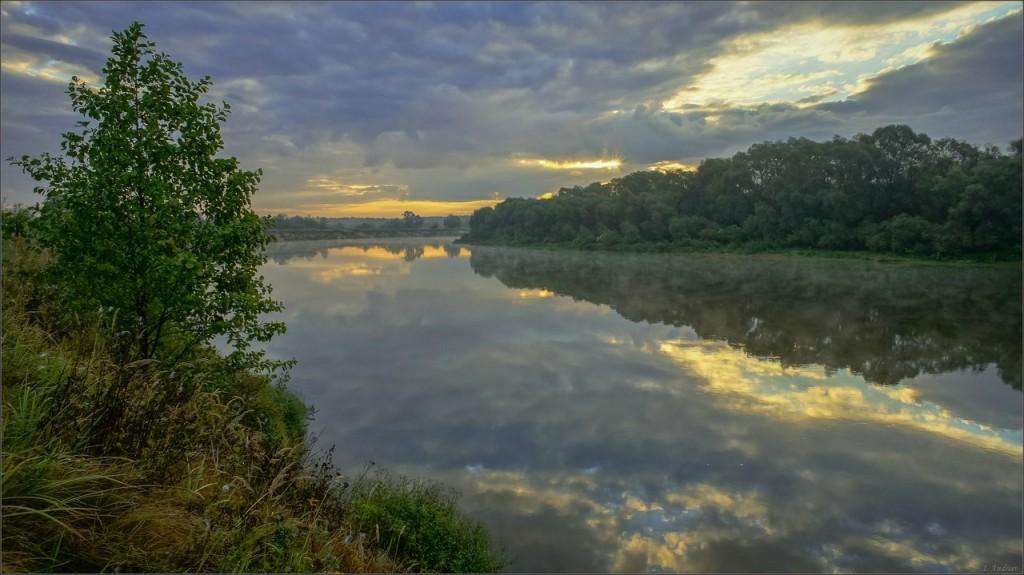В сентябрьский восход на Клязьме (Суздальский район, Владимирская область)