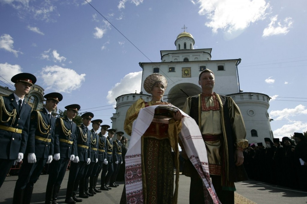 Епископ Ювеналий во Владимире 02