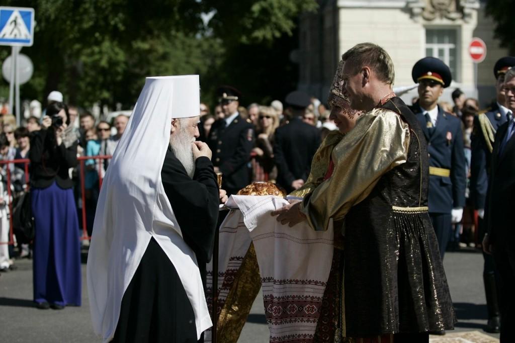 Епископ Ювеналий во Владимире 04