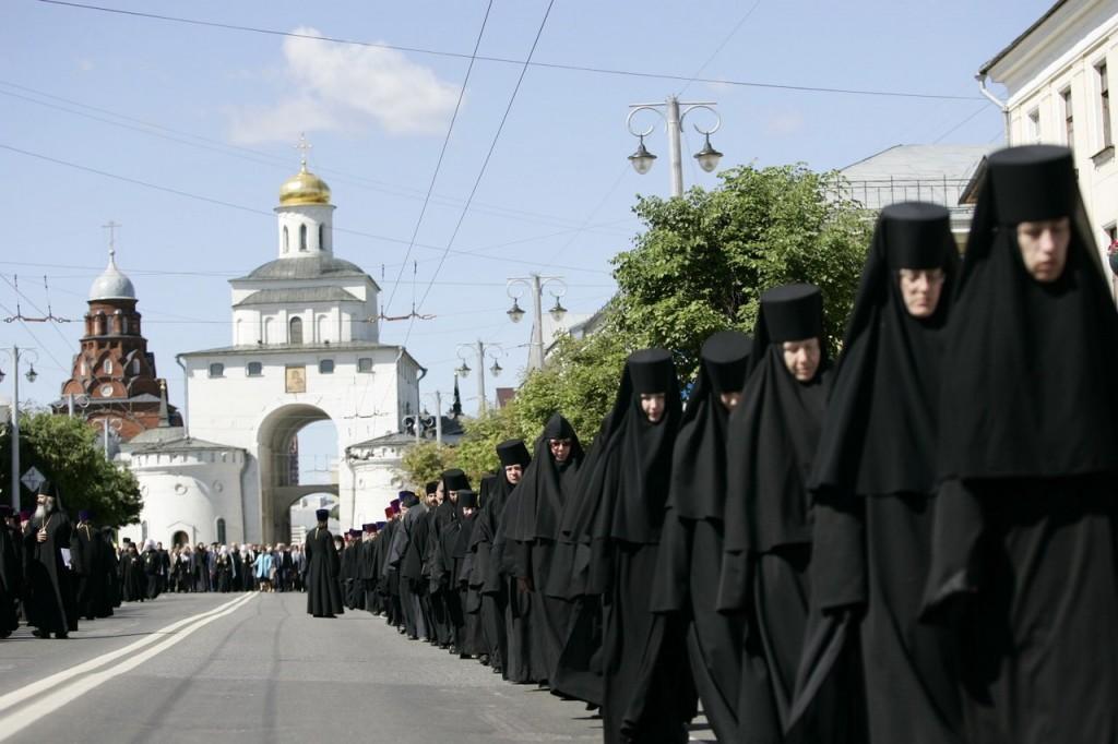 Епископ Ювеналий во Владимире 06