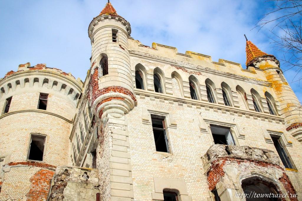 Замок в Муромцево 01