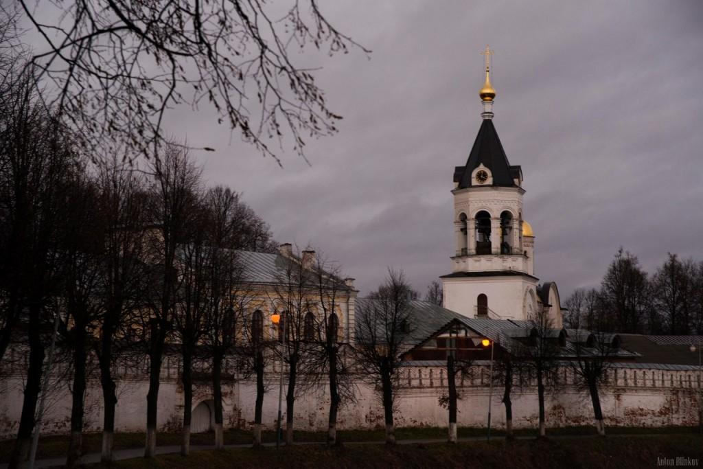 Колокольня с церковью Александра Невского (г. Владимир)