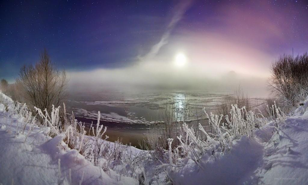 Морозный туман над замерзающей Клязьмой
