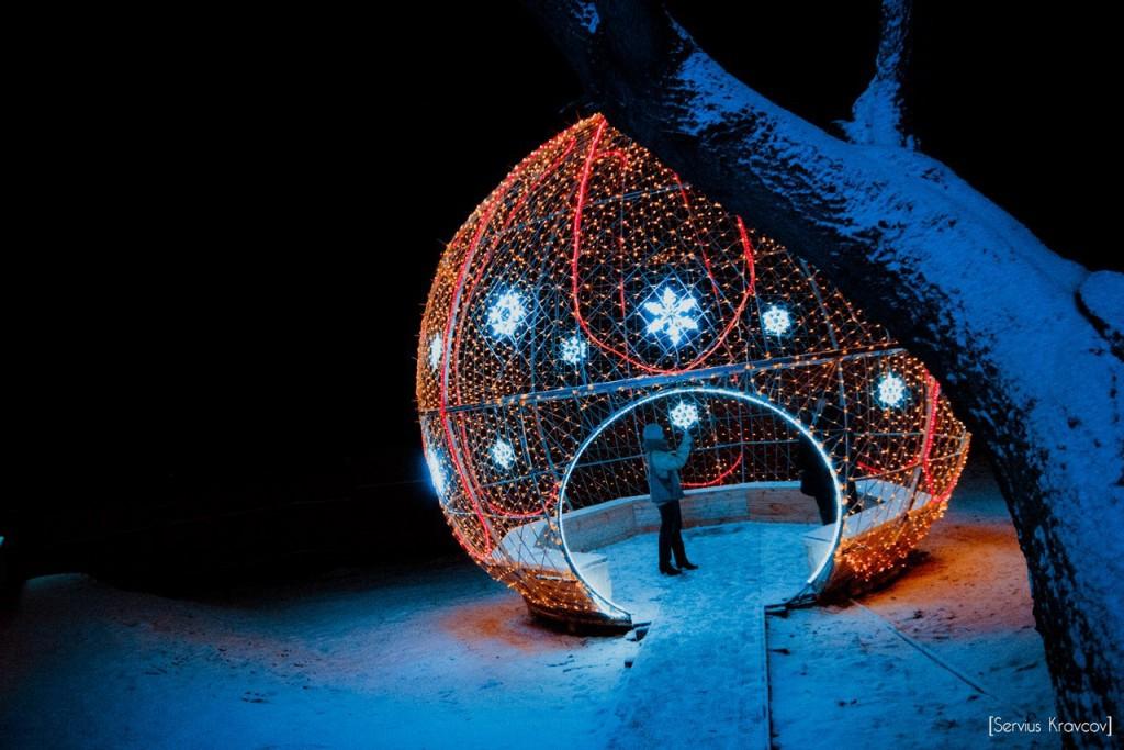 Неопознанный сферический объект 012