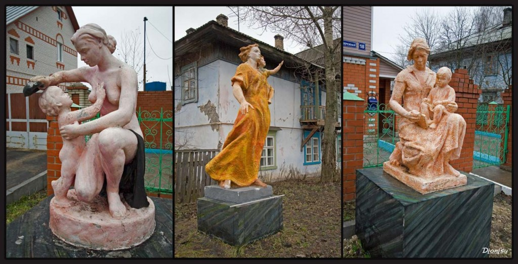 Скульптурный дворик в Гусь-Хрустальном