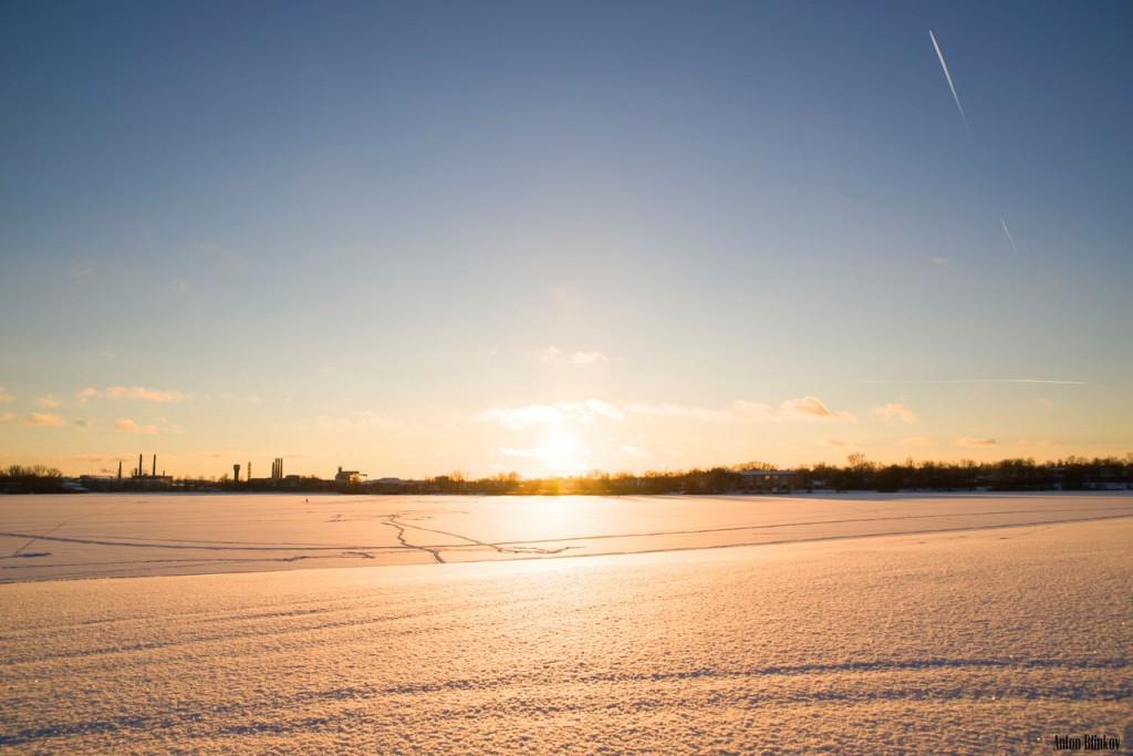 Снежный Пляж, Гусь-Хрустальный