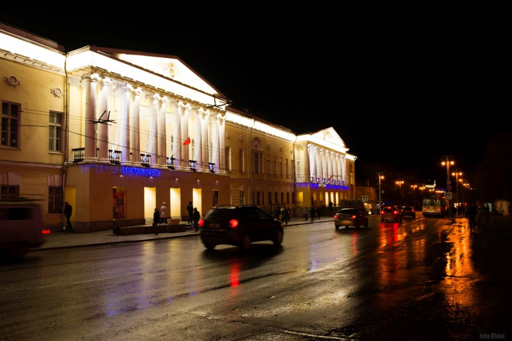 Советское здание на ул. Большая Московская, г. Владимир