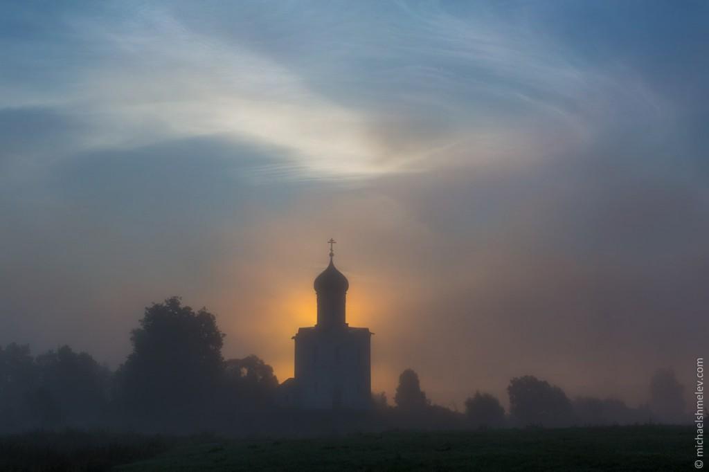 Тайны церкви в Боголюбово 03