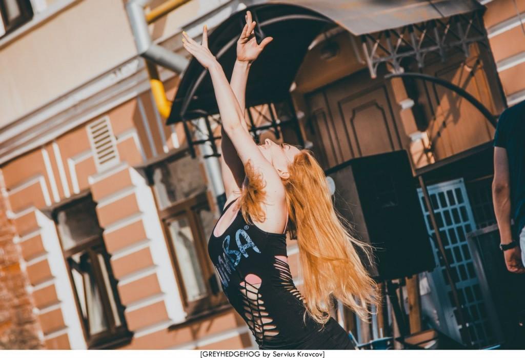 Танцы на свежем воздухе во Владимире 004