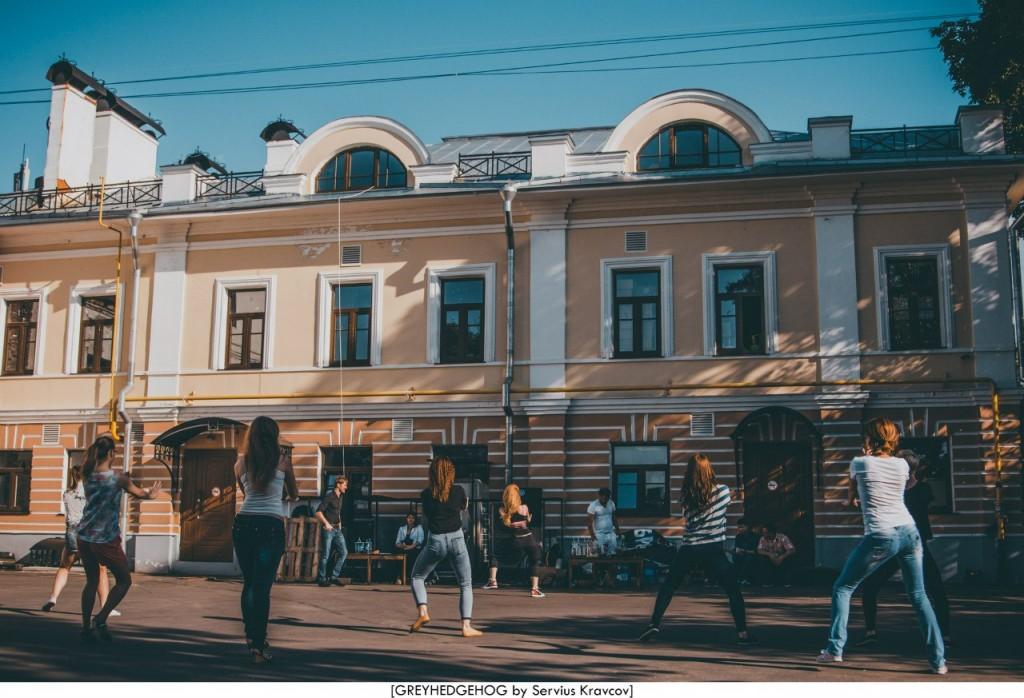 Танцы на свежем воздухе во Владимире 009