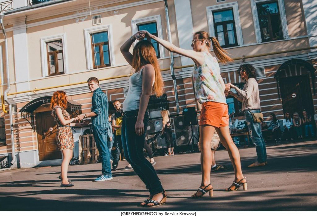 Танцы на свежем воздухе во Владимире 022