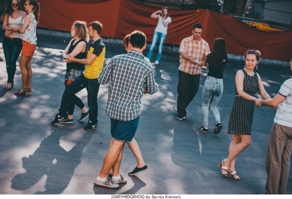 Танцы на свежем воздухе во Владимире 037