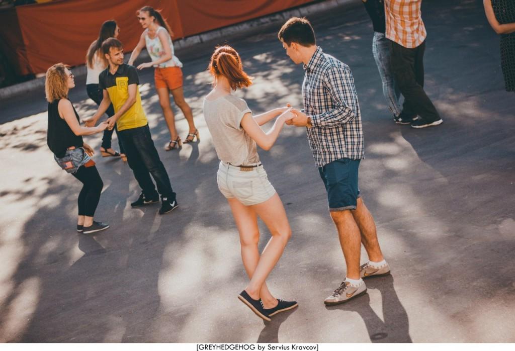Танцы на свежем воздухе во Владимире 039