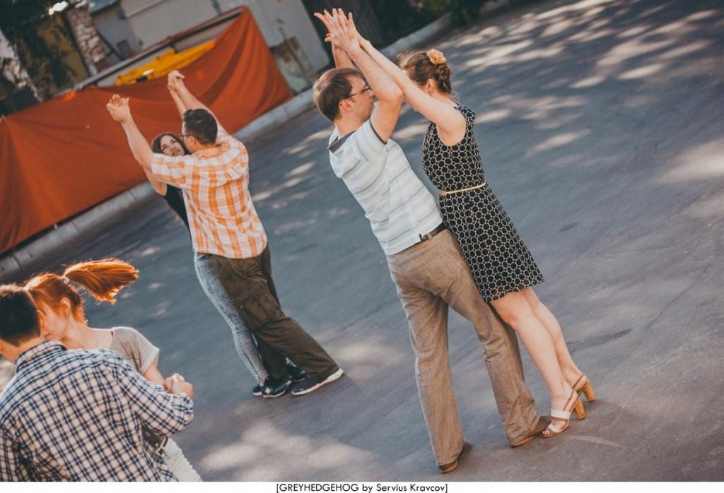 Танцы на свежем воздухе во Владимире 040
