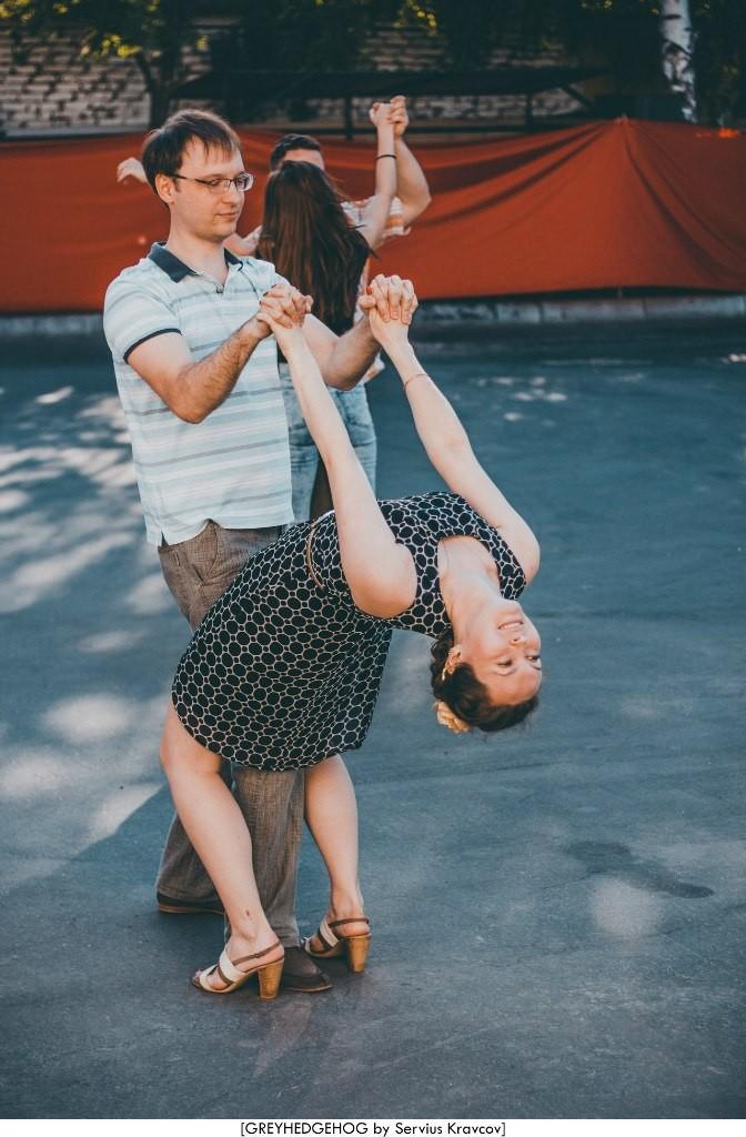 Танцы на свежем воздухе во Владимире 043