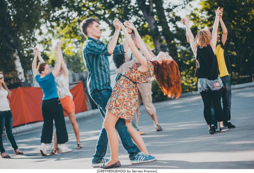 Танцы на свежем воздухе во Владимире 048