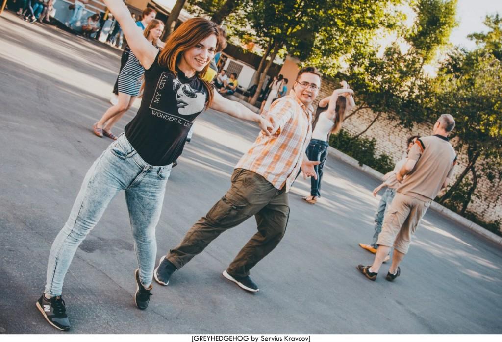 Танцы на свежем воздухе во Владимире 057