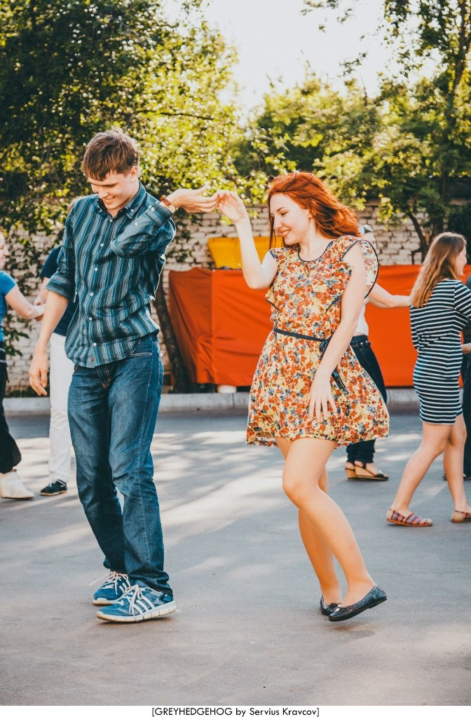 Танцы на свежем воздухе во Владимире 058