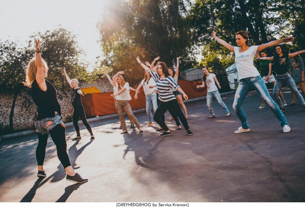 Танцы на свежем воздухе во Владимире 062
