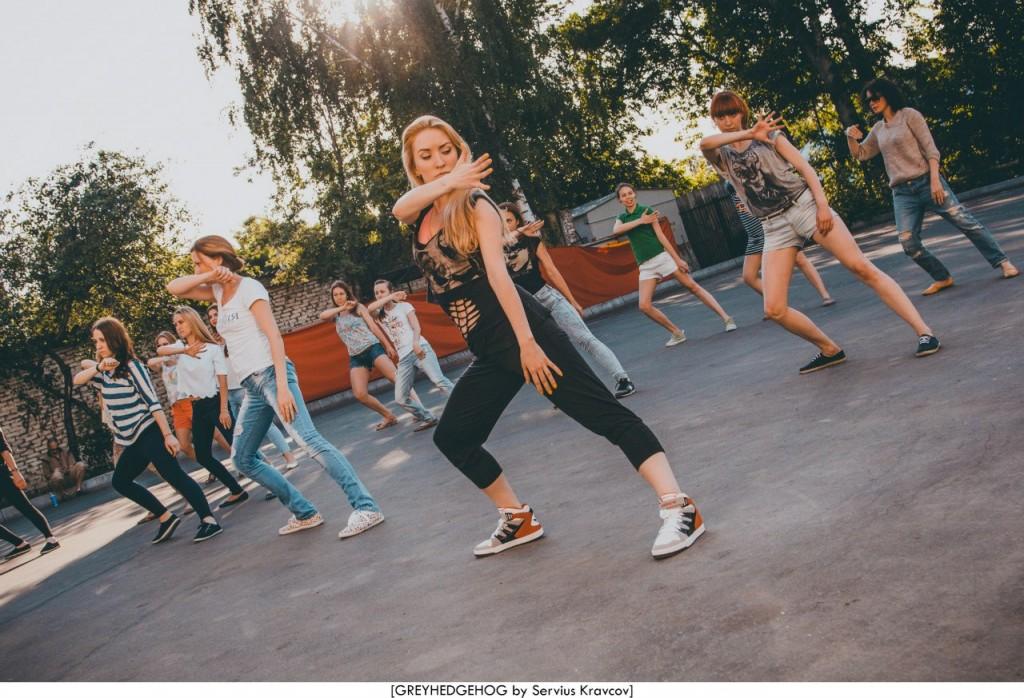 Танцы на свежем воздухе во Владимире 066