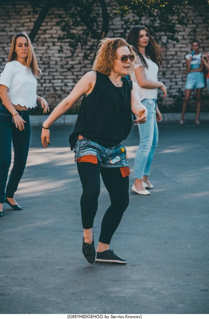 Танцы на свежем воздухе во Владимире 069