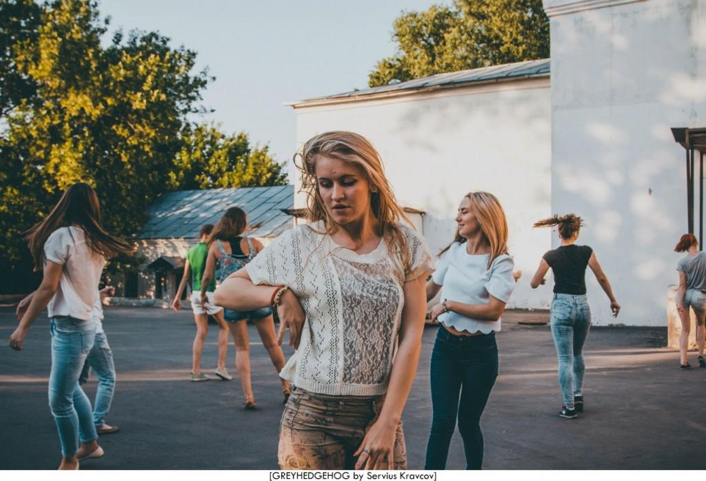 Танцы на свежем воздухе во Владимире 077
