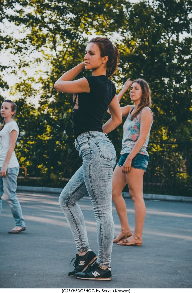 Танцы на свежем воздухе во Владимире 081