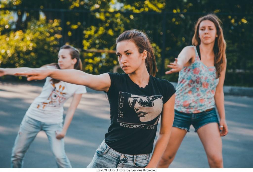 Танцы на свежем воздухе во Владимире 082