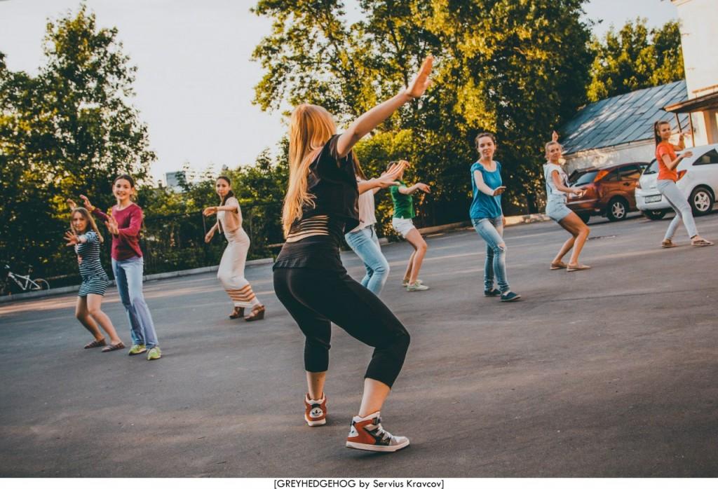 Танцы на свежем воздухе во Владимире 086