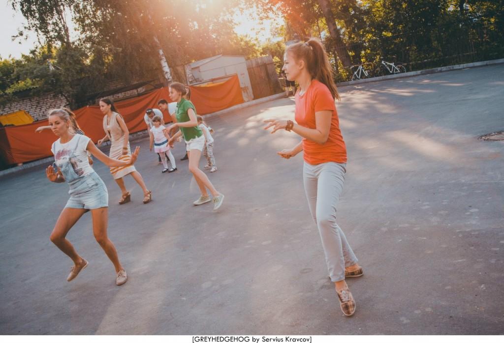 Танцы на свежем воздухе во Владимире 092