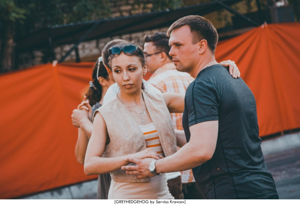 Танцы на свежем воздухе во Владимире 123