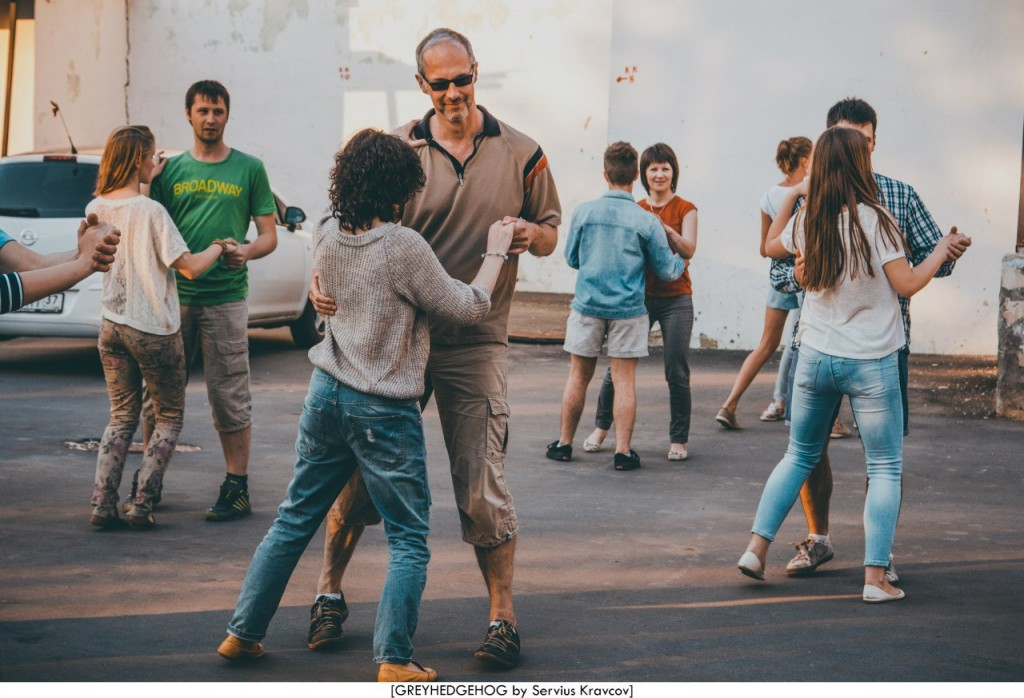 Танцы на свежем воздухе во Владимире 126
