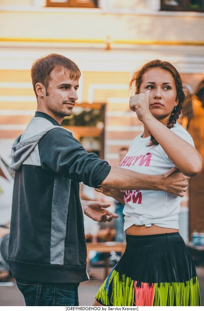Танцы на свежем воздухе во Владимире 128