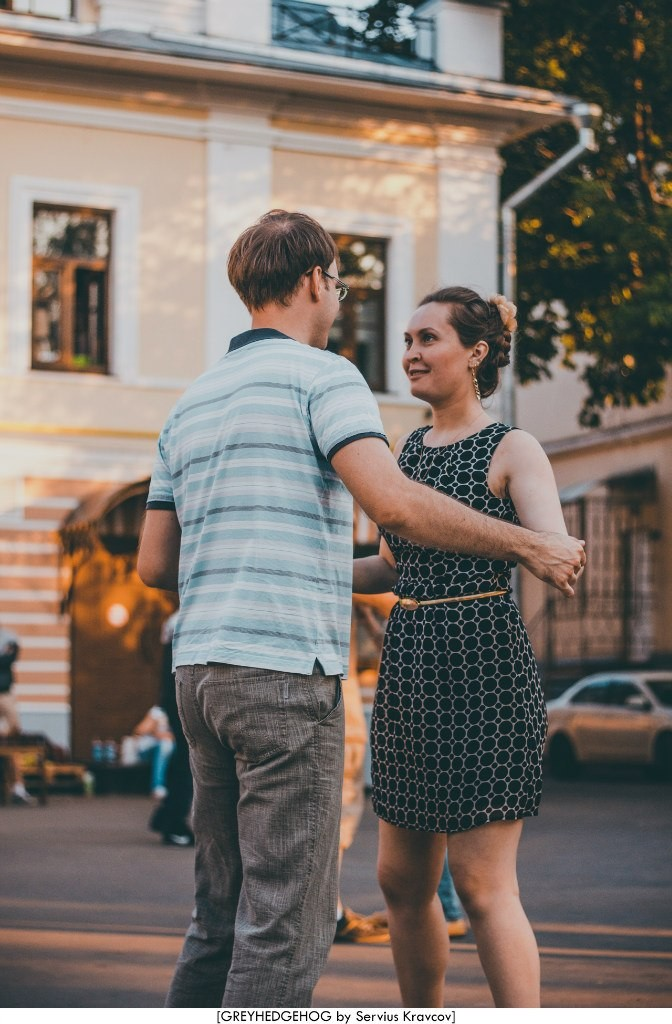 Танцы на свежем воздухе во Владимире 131