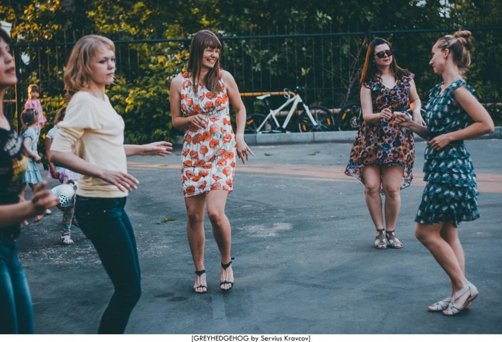 Танцы на свежем воздухе во Владимире 140