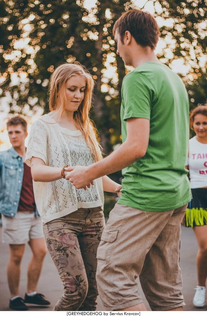 Танцы на свежем воздухе во Владимире 145
