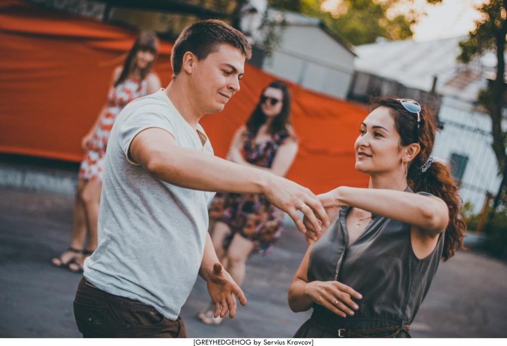 Танцы на свежем воздухе во Владимире 146