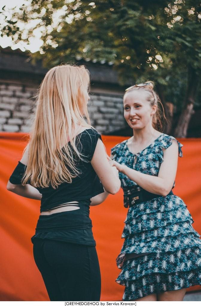 Танцы на свежем воздухе во Владимире 148