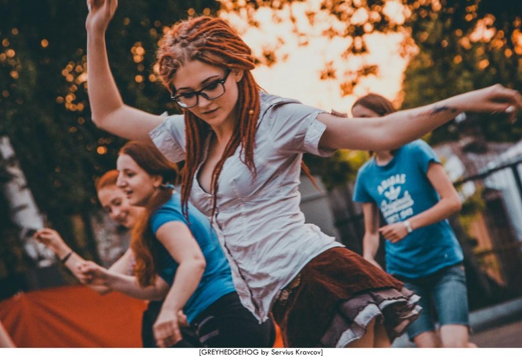 Танцы на свежем воздухе во Владимире 173