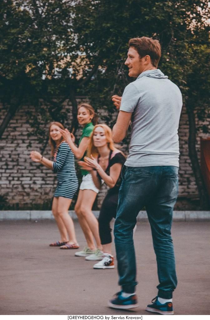 Танцы на свежем воздухе во Владимире 175