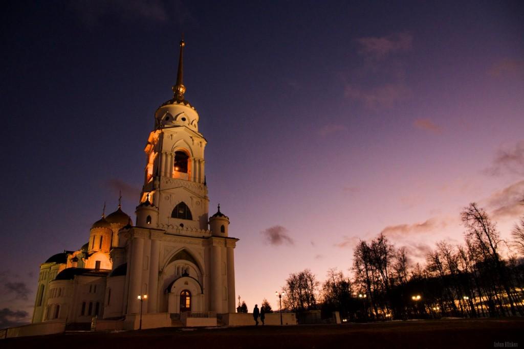 Успенский собор. Красивый храм в красивом городе