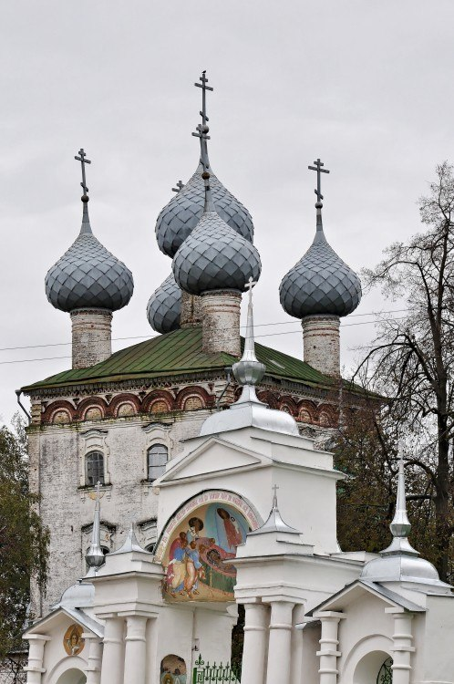 Церковь Успения Пресвятой Богородицы (Большие Всегодичи) 04