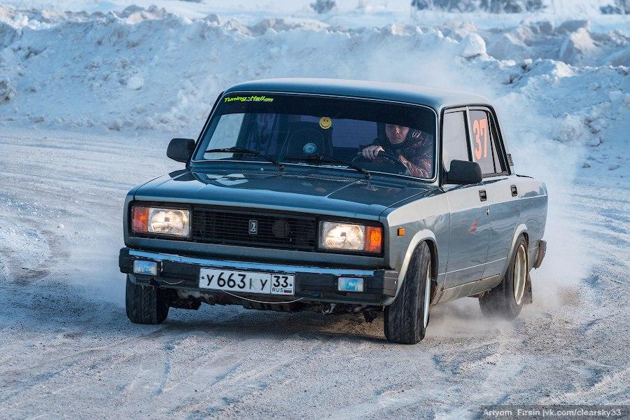 Новогодняя дуэль в д. Загорье (автоспорт) 09