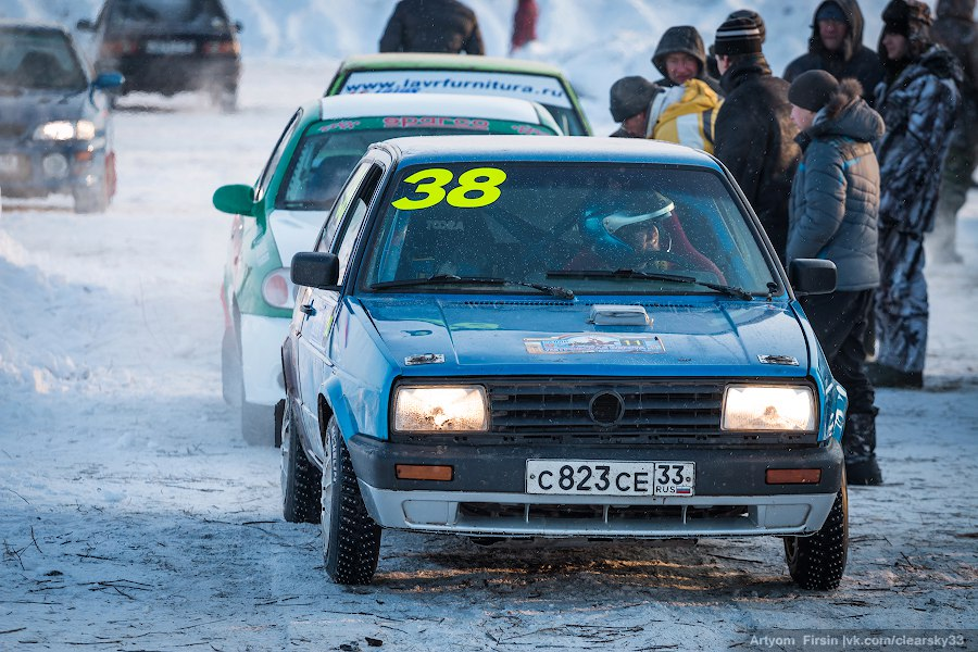 Новогодняя дуэль в д. Загорье (автоспорт) 12