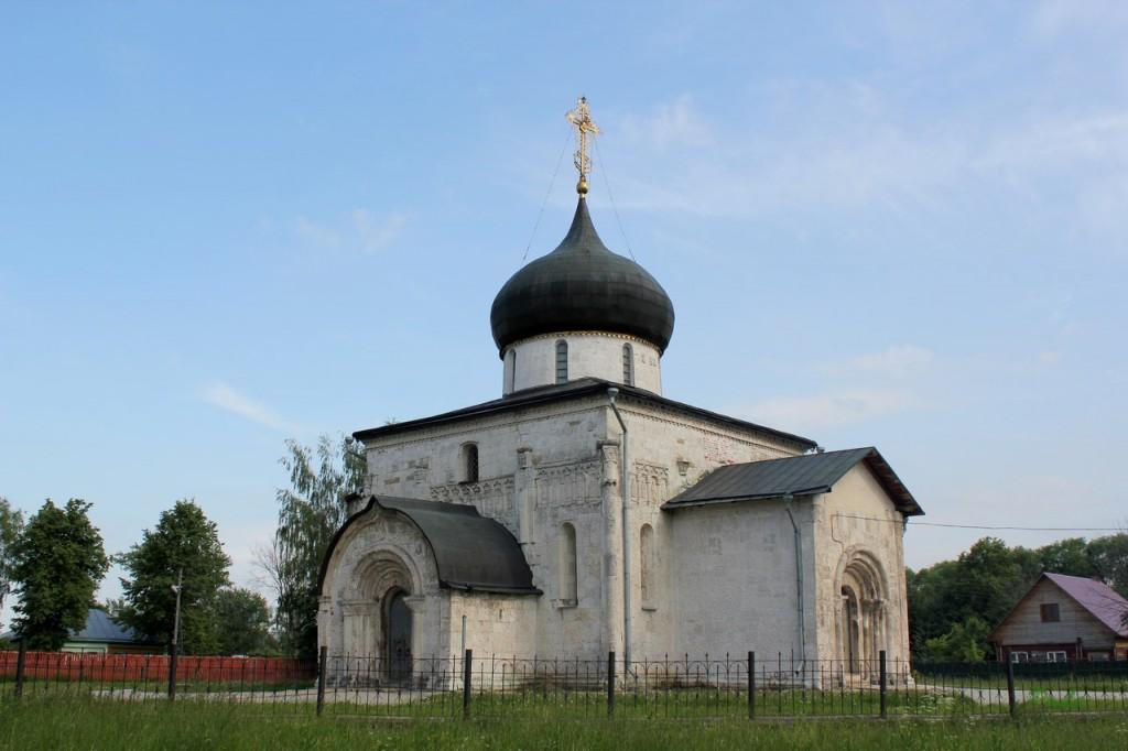 Георгиевский собор в Юрьев-Польском (ЮНЕСКО)