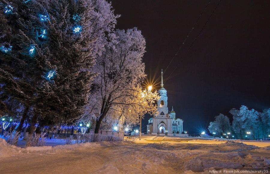 Зимняя ночь во Владимире 04